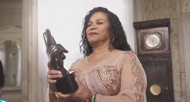 Eva Ayllón vuelve a La Voz Perú en su cuarta temporada.