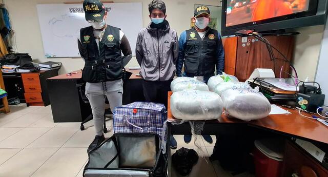 """""""Repartidor de delivery"""" llevaba escondido 12 kilos de droga."""