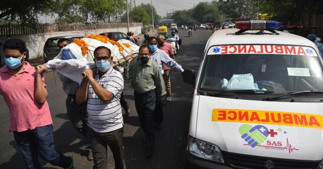 Este jueves 6 de mayo Sri Lanka, Bangladés y Nepal cerraron sus fronteras con India tras el rebrote del coronavirus en el país asiático y como una medida para contener su propagación.