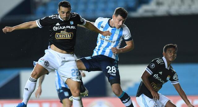 Cristal recibe a Racing en el Estadio Nacional.
