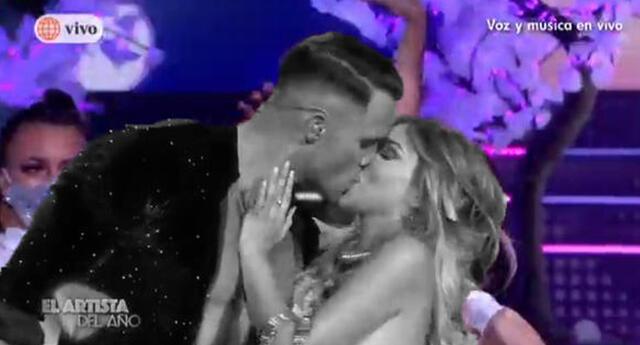 Aumentan las críticas a El Artista del Año por no reprender a Fabio tras beso a Paula Manzanal