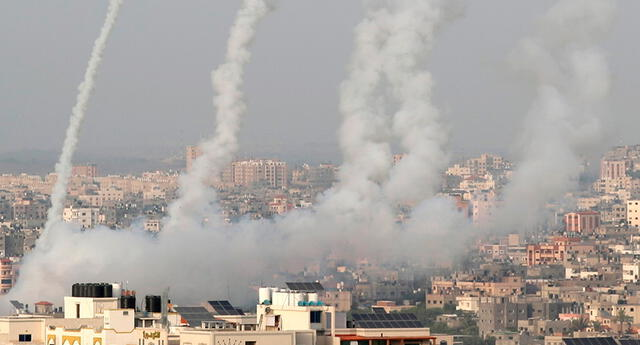 Hamas lanzó cohetes para forzar la retirada de la fuerza policial israelí.