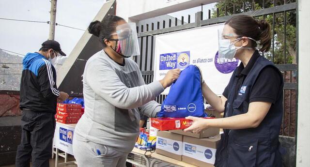 Más de 5 mil escolares de Lima sur recibirán recarga de celulares y kits educativos