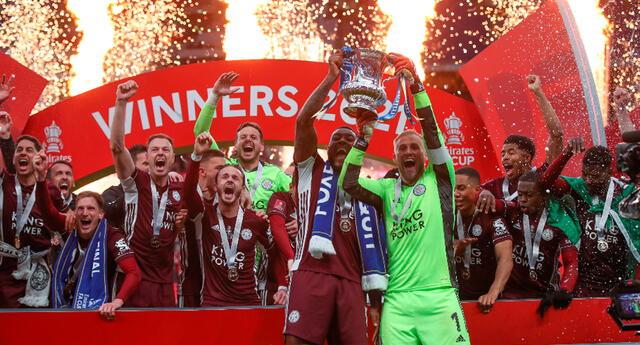 Leicester City venció al Chelsea y se quedó con la FA Cup.