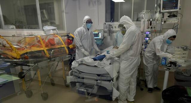 """Chile: confirman primer caso de """"hongo negro"""", rara infección que afecta a pacientes con COVID-19."""