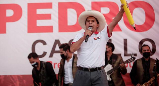 Pedro Castillo realizó mitin en Juliaca