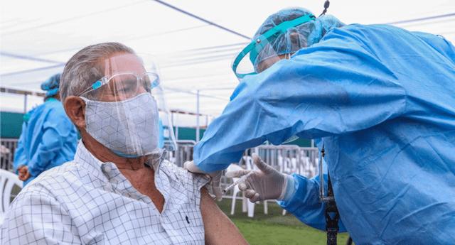 Recuerda que la vacuna no evita contagiarse, sino reducir la mortalidad de la enfermedad.