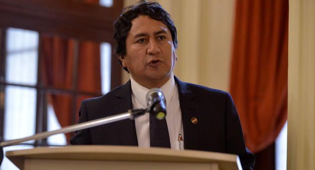 Vladimir Cerrón fue Gobernador Regional de Junín entre 2011 y 2014, y volvió a ser elegido para el periodo 2019-2022.