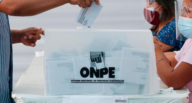 ONPE indicó la noche del domingo que los primeros resultados son solo un avance y que aún no tienen una representatividad.