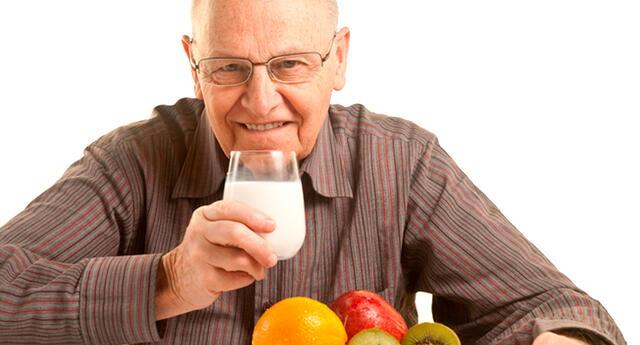 Entre las grasas, las mejores son la palta y el aceite de oliva, el yogurt y el queso de cabra.
