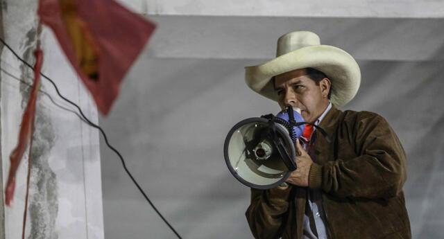 El candidato presidencial Pedro Castillo se mostró en contra de la decisión del JNE.