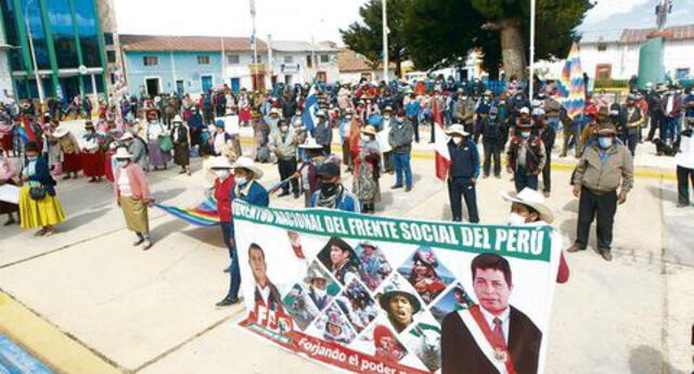 Pobladores de Chupa, Azángaro, mostraron su rechazo contra Fuerza Popular por solicitudes de nulidad.