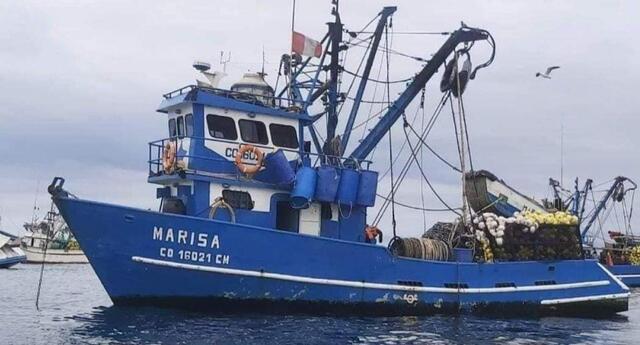 Pescadores no regresan a sus casas desde el 2 de junio. Familiares piden ayuda.