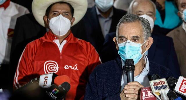 Pedro Francke forma parte del equipo técnico en cuanto al plan económico de Pedro Castillo.