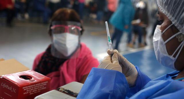 Viceministro de Salud dio alcances del plan de vacunación contra el COVID-19 para los próximos meses.