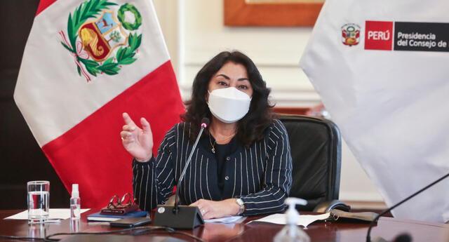 Violeta Bermúdez se refirió a la moción de censura que presentaron el último viernes en el Congreso de la República.