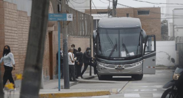 Simpatizantes son trasladados a las movilizaciones que darán en el Cercado de Lima.