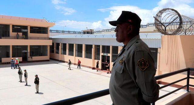 Hombre cumplirá prisión preventiva mientras continúan las investigaciones en su contra.