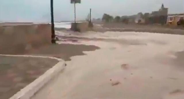 El mar de la playa de Bujama se salió tras el sismo de 4.8 registrado en la localidad de Chilca.