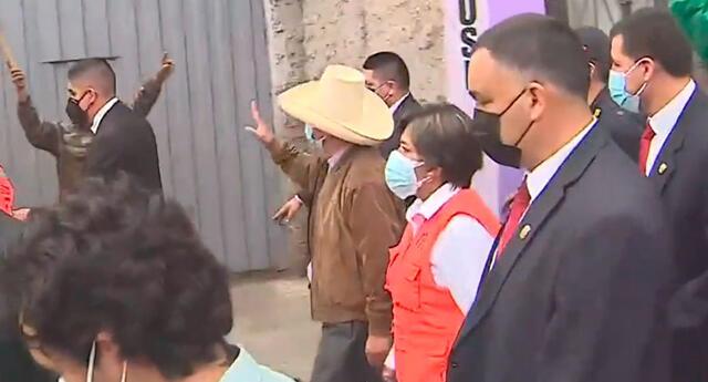 Pedro Castillo llegó hasta Mala, epicentro del fuerte sismo de magnitud 6.0.