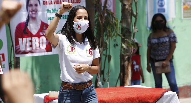 La electa congresista se refirió a la Nueva Constitución que promete Perú Libre.