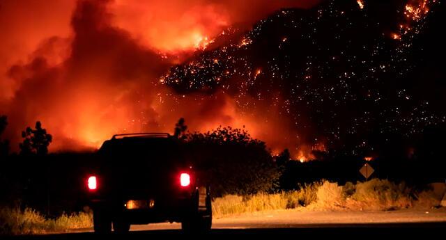 Un sobreviviente comentó que vio a su casa y su carro incendiarse, incluso a sus mascotas quemarse vivas.
