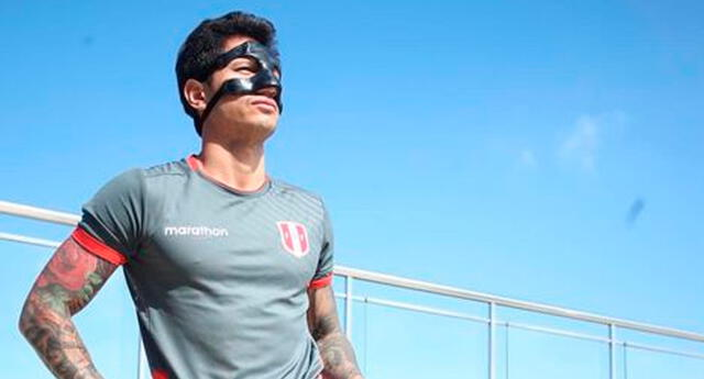 Gianluca Lapadula continuó con su protector nasal para evitar complicaciones.