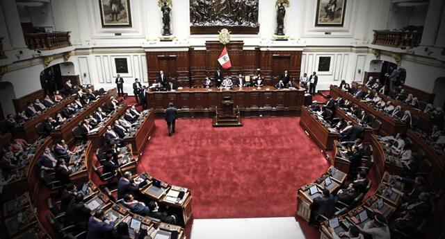 Plano del Congreso suspendió elección de magistrados del TC hasta el jueves 8 de julio.