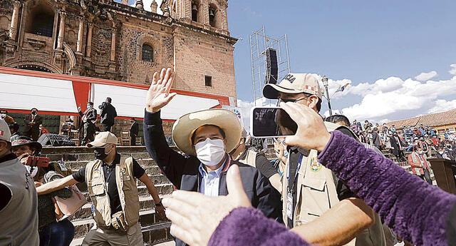Cuadros. Pedro Castillo viene armando en silencio la comisión de transferencia y su gabinete. Foto: Oswald Charca/La República