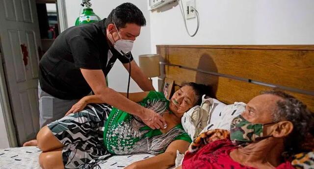 En Manaos, capital de la Amazonía brasileña, ya vivieron escenas de horror en abril y mayo de 2020 al inicio de la pandemia de COVID-19.
