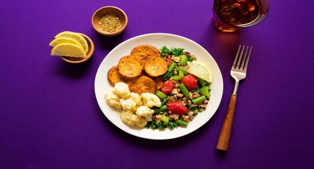 Cenar temprano y ligero ayuda a bajar de peso.