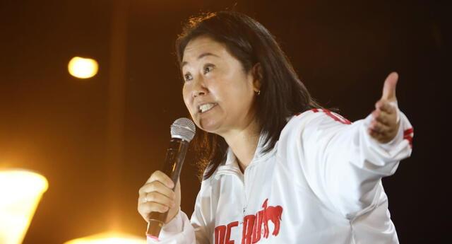 Keiko Fujimori, en horas de la tarde, lideró una movilización más en el Cercado de Lima.