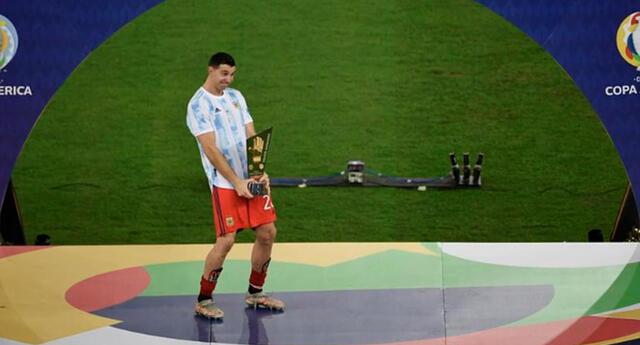 Dibu Martínez lo volvió hacer y con la Copa América encima.