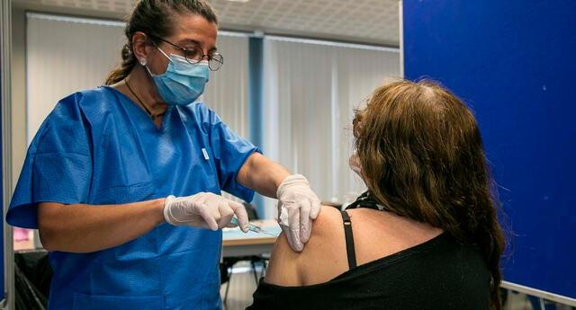 Tricia Jones temía los efectos secundarios de la vacuna.