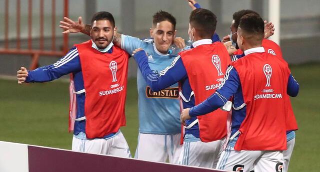 Sporting Cristal superó a Arsenal de Sarandí por la ida de los octavos de la Copa Sudamericana.