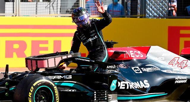 Según expertos, Hamilton debió salir de la carrera al igual que Max Verstappen.