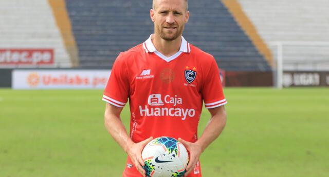 Daniel Carando es un goleador por excelencia al marcar tres goles en su debut con Cienciano frente al Boys.