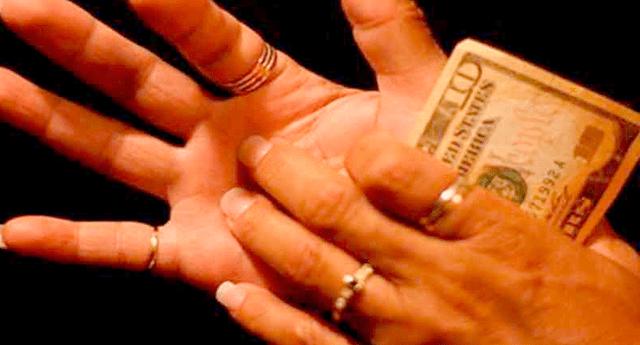 ¿Que te pique la mano izquierda es buena o suerte o mala? Conócelo AQUÍ.