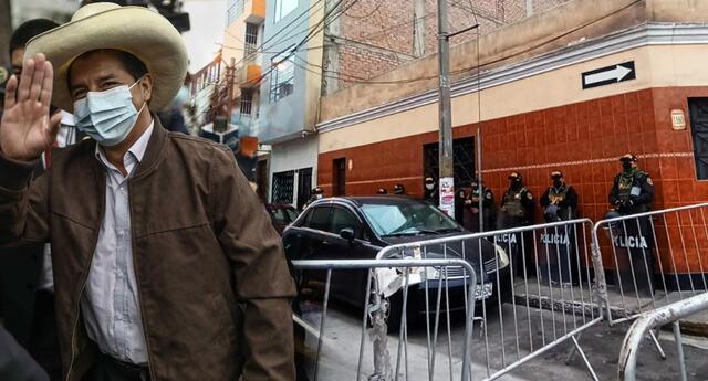 Local de Breña de Perú Libre está siendo resguardado por agentes de la PNP.