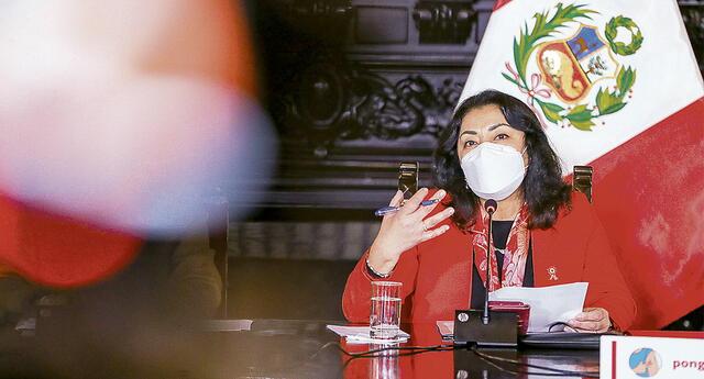 Violeta Bermúdez,  presidenta del Consejo de Ministros.