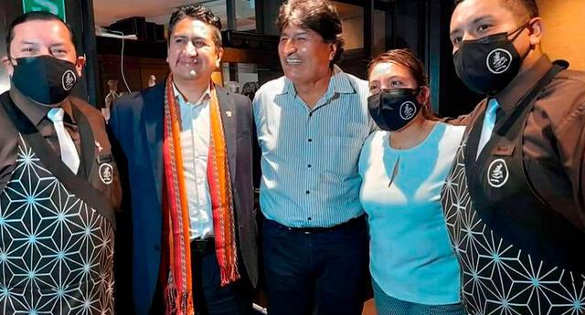Evo Morales cenó junto a Vladimir Cerrón y otros dirigentes en Perú. Foto: @evoespueblo/Twitter