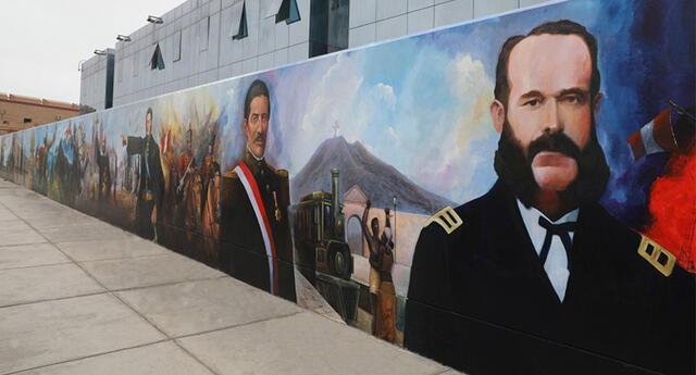 Los murales recogieron la historia de nuestro país y fueron presentados de modo oficial este 28 de julio por el alcalde Pedro López.