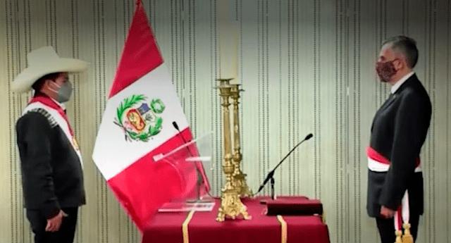 Al fin lo hizó. Juramentación de Pedro Francke como ministro de Economía y Finanzas (MEF).