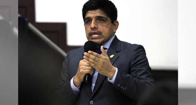 Juan Carrasco, pidió que descalifiquen su gestión antes de tiempo.