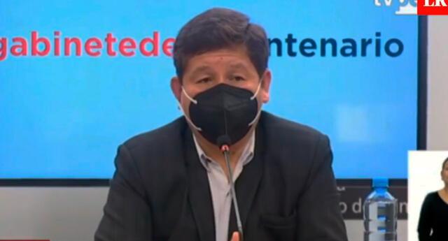 El premier Guido Bellido dijo que los medios de comunicación que difunden noticias falsas solo generan inestabilidad al país.