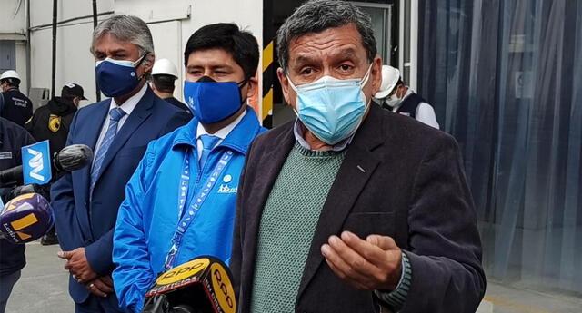 Ministro de Salud asistió al centro penitenciario de San Juan de Lurigancho.