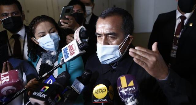 Iber Maraví, ministro de Trabajo, responde ante las acusaciones