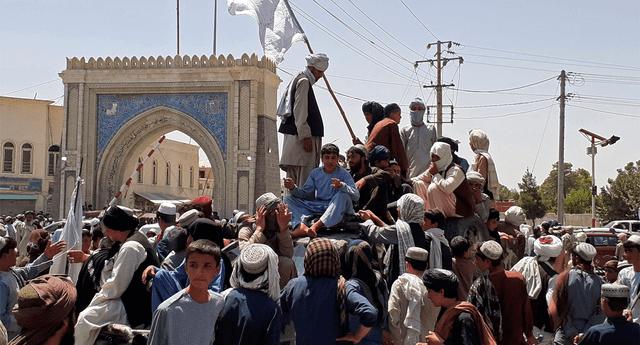 Reino Unido concluyó el traslado de civiles en el aeropuerto de Kabul.