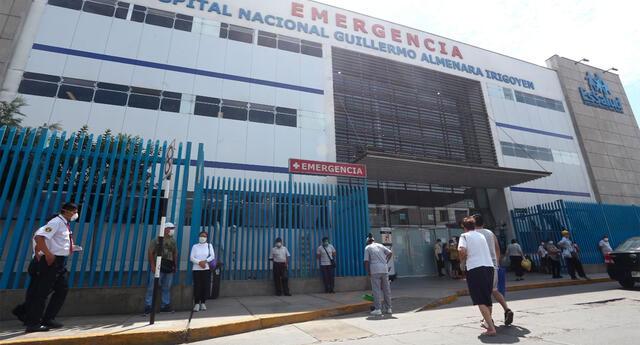 Las personas aseguradas tendrán acceso a la atención médica en los hospitales de EsSalud. Foto: La República