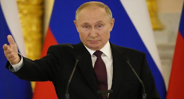 """""""Un resultado igual a cero, por no decir menos cero"""", indicó Putin. Foto: composición/EFE/AFP"""